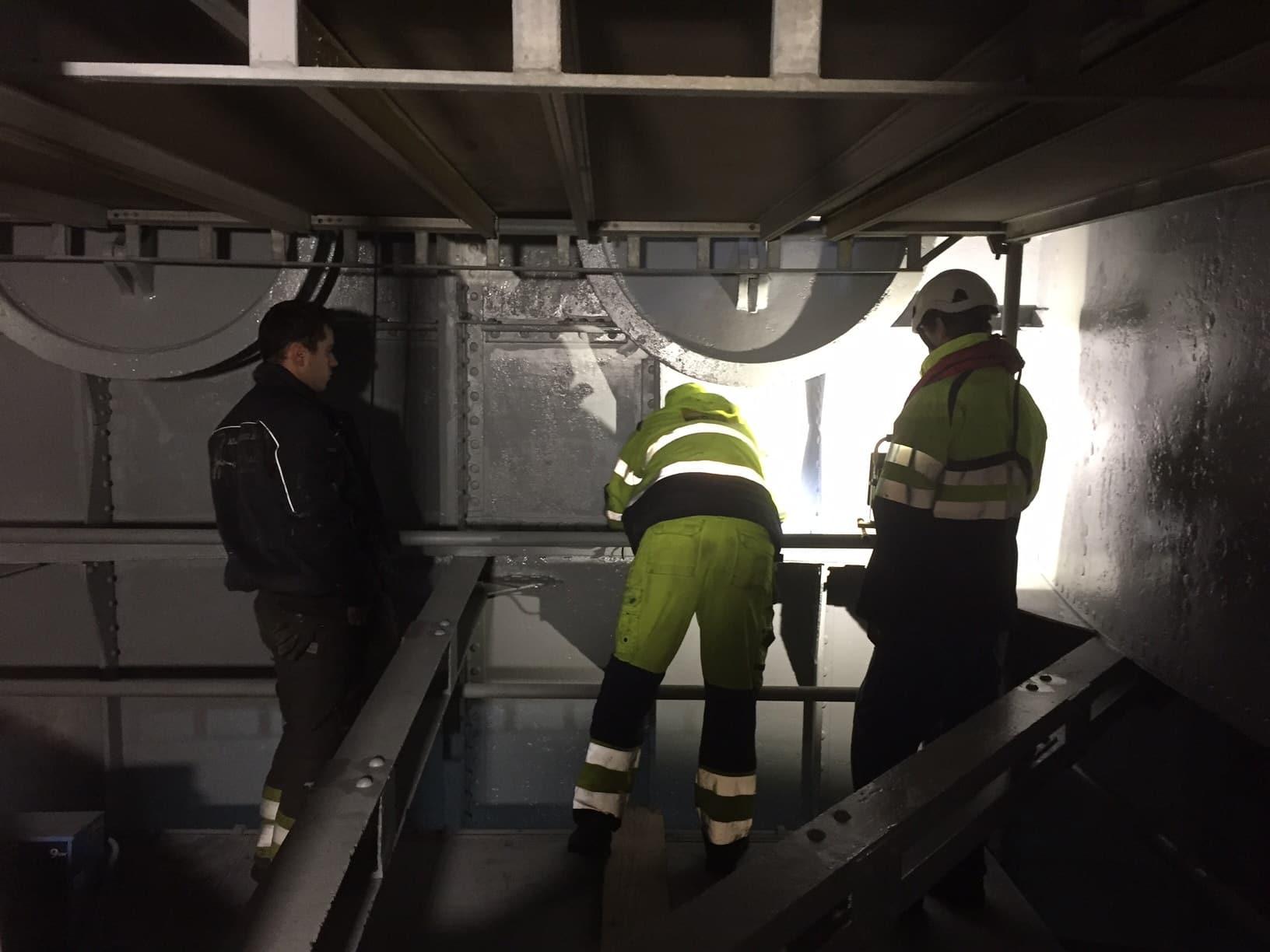 Hammarby sluss hammarbyslussen stockholms hamnar stockholm hamnentreprenad stheab blästring rostskyddsmålning 17